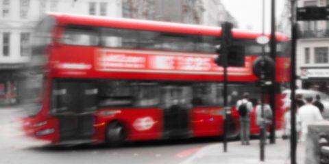 Bus à étage dans Londres